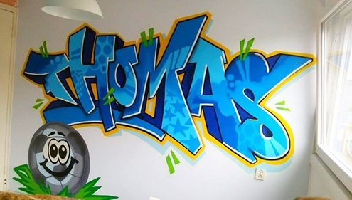 Mr Graffiti op de kamer van Thomas